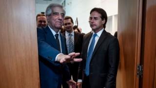 Vázquez y Lacalle Pou preparan viaje a Argentina para asunción de Fernández - Titulares y suplentes - DelSol 99.5 FM