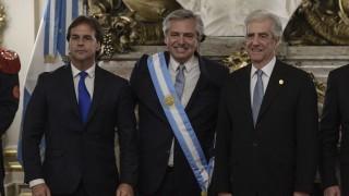 El concubinato de Lacalle Pou y Tabaré estuvo en Argentina - Columna de Darwin - DelSol 99.5 FM