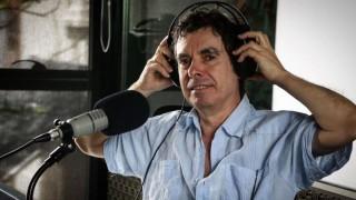 """La vida de Fernando Cabrera y su elección de ser """"una persona solitaria"""" para fomentar la creatividad - Charlemos de vos - DelSol 99.5 FM"""