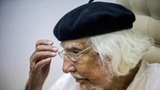 Cardenal: poeta y sacerdote perseguido por dictaduras y condenado por el Vaticano - Informes - DelSol 99.5 FM