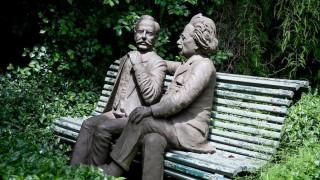 """La vez que Einstein vino a Uruguay y los conciertos de """"guachos ricos"""" en Montevideo - NTN Concentrado - DelSol 99.5 FM"""