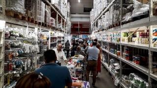 """""""Mercadería hay, pero si las personas se llevan carros llenos complican la cadena logística"""" - Entrevistas - DelSol 99.5 FM"""