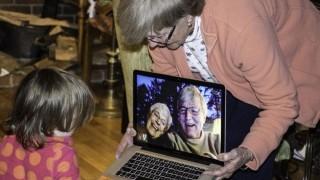 Abuelos dulces abuelos. - Manifiesto y Charla - DelSol 99.5 FM