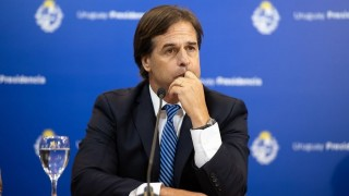 Lacalle y Vázquez: ¿similitudes sobre no gravar el capital? - Informes - DelSol 99.5 FM