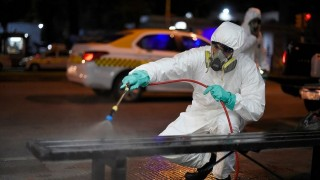 La OMS dice que el covid-19 no se transmite por aire y recomienda no desinfectar calles - Informes - DelSol 99.5 FM