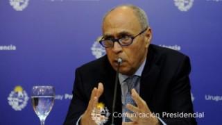 "Coronavirus: Uruguay sigue 0 a 0 con Bolivia pero atraviesa un ""sofocón"" - Entrevista central - DelSol 99.5 FM"