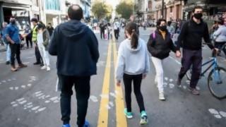 Di Cándido: de pedir toque de queda sanitario a Alfredito Covichegaray organizador del Covid-Parade - Columna de Darwin - DelSol 99.5 FM