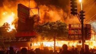 Violencia policial racista como problema estructural no resuelto en EEUU - Colaboradores del Exterior - DelSol 99.5 FM