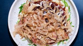 Okonomiyaki: la otra bomba de Hiroshima - La Receta Dispersa - DelSol 99.5 FM