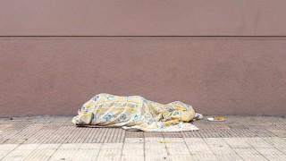 """""""No hay cupos suficientes para todas las personas que están durmiendo en la calle"""" - Entrevistas - DelSol 99.5 FM"""