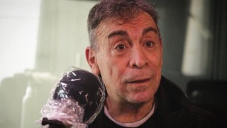 """La vida de Nacho Cardozo, su elección artística en la Experimental y el """"buscar para hacer"""" en el teatro - Charlemos de vos - DelSol 99.5 FM"""