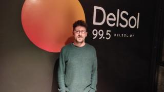 Rodrigo Inthamoussu: componer y viajar sólo con la guitarra - Entrevistas - DelSol 99.5 FM