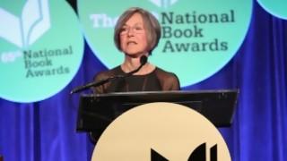 El Nobel de Literatura no se volvió políticamente correcto: siempre lo fue  - El guardian de los libros - DelSol 99.5 FM
