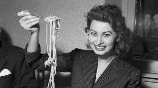 Cómo Sophia Loren se reconcilió con Italia a través de la cocina - La Receta Dispersa - DelSol 99.5 FM