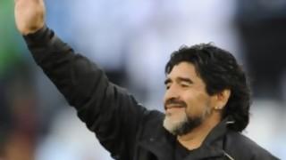 AD10S: La Mesa y la noticia de la muerte de Maradona - La Charla - DelSol 99.5 FM