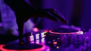 ¿Plena o Pop Latino? - Si me das a elegir - DelSol 99.5 FM