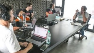 Rafa Cotelo critíca duramente a Gonzalo Delgado por dar clases de guitarra - Bombitas amarillas - DelSol 99.5 FM