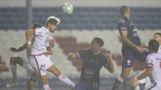 Darwin indignado con la prohibición de cabezazos en el fútbol - Darwin - Columna Deportiva - DelSol 99.5 FM
