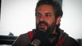 """La vida de Gabriel Calderón y lo interesante de no tener """"un contrato firmado"""" con el teatro - Charlemos de vos - DelSol 99.5 FM"""
