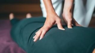 El Piñe recomienda, si es posible, hacerse masajes - La Charla - DelSol 99.5 FM