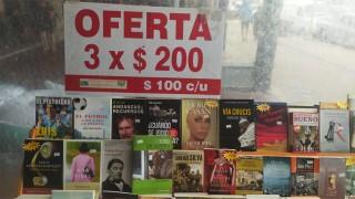 Pablo Fabregat se plantea sacar un libro sobre tarot, ¿lo leerías? - La Charla - DelSol 99.5 FM