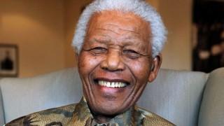 """La vida de Nelson Mandela y la """"marcha hacia la libertad"""" del pueblo sudafricano - In Memoriam - DelSol 99.5 FM"""