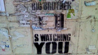 "Orwell y su ""1984"" + Serie: ""Nafta Súper"" - Random - DelSol 99.5 FM"