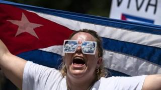 """Volvió """"Cuba sí, Cuba no"""" y llegó la inteligencia artificial a los juicios - NTN Concentrado - DelSol 99.5 FM"""