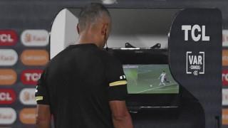El VAR y sus distintas adaptaciones al fútbol - A la cancha - DelSol 99.5 FM