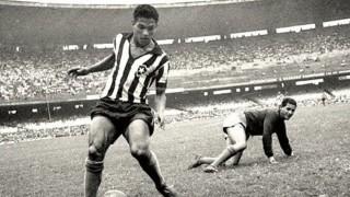 Un misterio de Dios: Mané Garrincha  - Pelotas en el tiempo - DelSol 99.5 FM