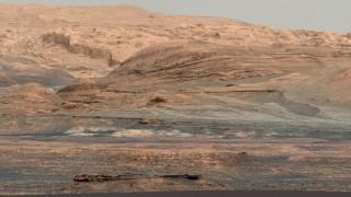 """Marte y la Guerra Fría: """"no nos une el amor sino el espanto"""" -  Andrea Sánchez - DelSol 99.5 FM"""