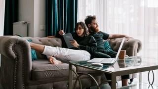 ¿Cómo se dividen los gastos en la convivencia de pareja? - Sobremesa - DelSol 99.5 FM