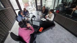 """""""La sexualidad primero la ejercemos con nosotros"""" - Entrevistas - DelSol 99.5 FM"""
