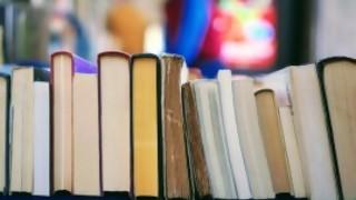 Una charla de libros - La Charla - DelSol 99.5 FM
