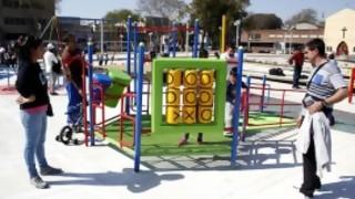 Si ocupamos todos los jueguitos de las plazas de Montevideo con niños, ¿cuantos niños nos quedan sin jugar? - Sobremesa - DelSol 99.5 FM