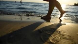 ¿Qué porcentaje de personas que va a la playa no se mete al agua? - Sobremesa - DelSol 99.5 FM