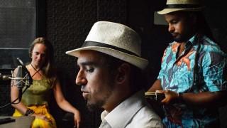 Abrasileradinhos: O Som da Rua - Denise Mota - DelSol 99.5 FM