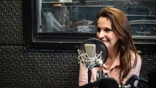 """Claudia Amengual presenta """"El lugar inalcanzable"""" - Hoy nos dice ... - DelSol 99.5 FM"""