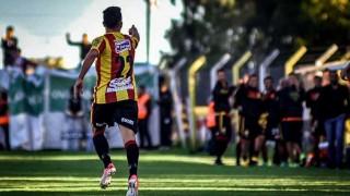 """""""Progreso dominó a un Peñarol que volvió a jugar mal y tiene un problema importante"""" - Comentarios - DelSol 99.5 FM"""