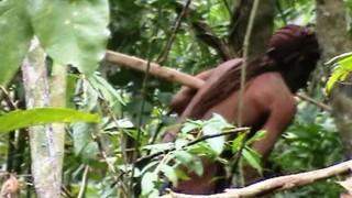 DelSol - El indígena del agujero: el hombre más aislado del mundo