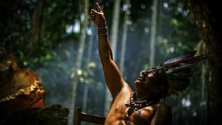 """Brasil protege al """"hombre más aislado del mundo"""" hace 22 años - NTN Concentrado - DelSol 99.5 FM"""
