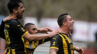 """""""Peñarol ganó con angustia y dejó muchas dudas"""" - Comentarios - DelSol 99.5 FM"""