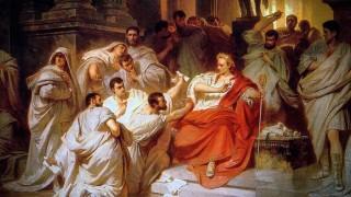 El asesinato de Julio César por el cobarde Marco Bruto - La historia en anecdotas - DelSol 99.5 FM