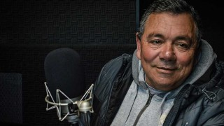 """""""Minguta"""" Di Mayo: """"a Luis Suárez cuando lo corrieron del Mundial le puse la ropa igual"""" - La Entrevista - DelSol 99.5 FM"""