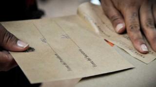 Tender al voto de los uruguayos en el exterior - Informes - DelSol 99.5 FM