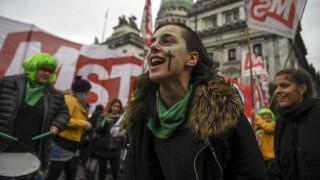 """Argentina """"ahora habla del aborto sin eufemismos"""" - Facundo Pastor - DelSol 99.5 FM"""