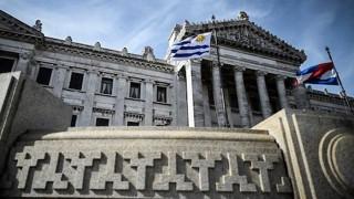 Financiación de partidos políticos: falta de voluntad y ausencia del tema en campaña - Informes - DelSol 99.5 FM