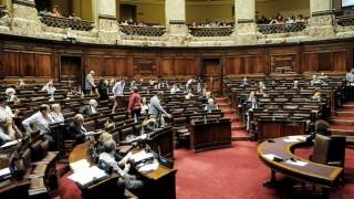 Diputados votó no pasar a la Justicia el informe de la investigadora sobre regasificadora - Cambalache - DelSol 99.5 FM