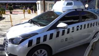El auto buchón de la Intendencia y el amigo invisible robado - Columna de Darwin - DelSol 99.5 FM