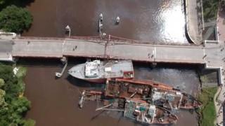 Homenaje a los oyentes del 17D, el astillero de Santa María y el puente de Carmelo - Columna de Darwin - DelSol 99.5 FM